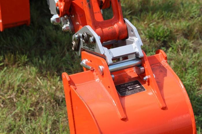 Kubota Bx Tool Box : Quick on backhoe bucket connector